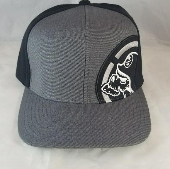 27b47e9c21d Metal Mulisha flexfit hats L XL. M 5a6a46eba44dbe97beb0eede